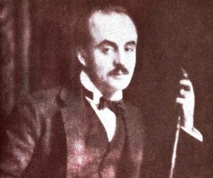 Khalil Gibran<