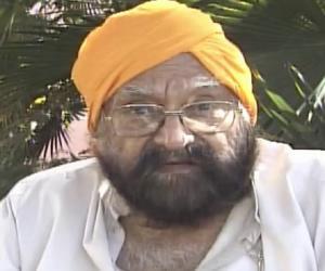 Khushwant Singh<