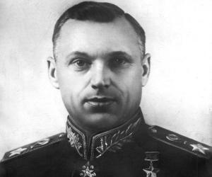 Konstantin Roko...<