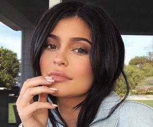 Kylie Jenner<