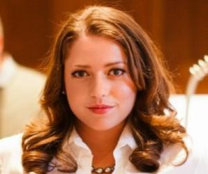Maria Francisca Perello (Xisca Perelló) – Bio, Facts, Family Life