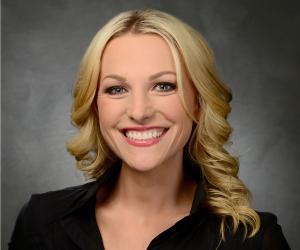 Lindsay Czarniak<