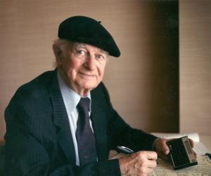 Linus Pauling<