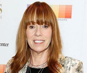 Mackenzie Phillips<