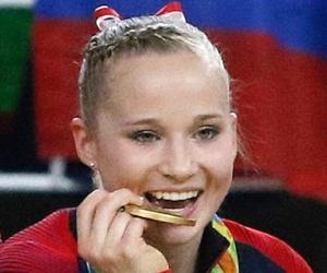 Madison Kocian<