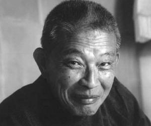 Mako Iwamatsu<