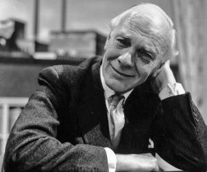 Malcolm Muggeridge biography online