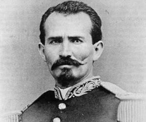 Manuel Gonzále...<