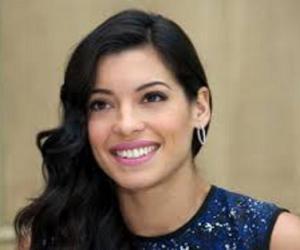 Manuela Escobar<