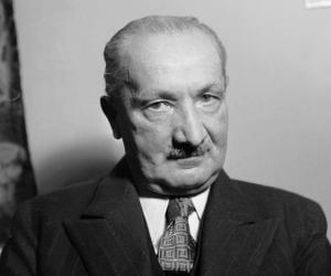 Martin Heidegger<