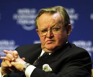 Martti Ahtisaari<