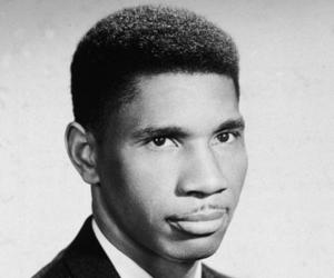 Medgar evers biography childhood life achievements amp timeline