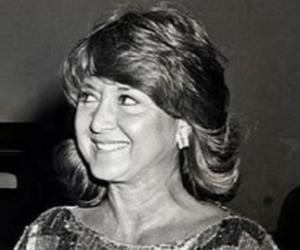 Michelle Triola<