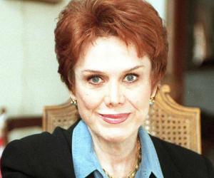 Nancy Dow<
