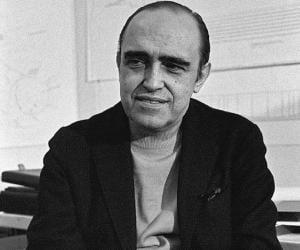 Oscar Niemeyer<