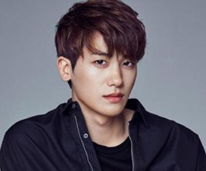Park Hyung-sik Biography - Facts, Childhood, Family Life ... Hyung Sik Height