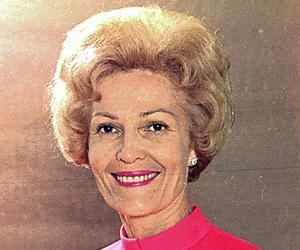 Pat Nixon<