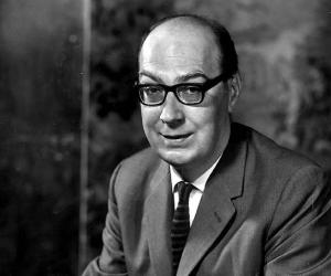 is philip larkin pre eminently a poet Poems the wedding wind - at grass - church going - an arundal tomb - the whitsun weddings - the trees - cut grass.
