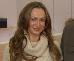 Phyllis Fierro<