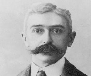 Pierre de Coube...<