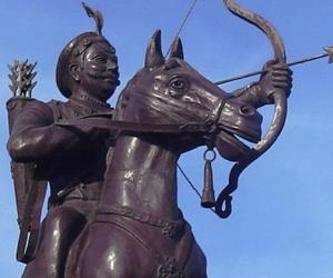the life influence and achievements of alexander the great According to the encyclopedia britannica, alexander the great's major contribution to history was the spread of greek culture throughout the middle east and central asia.