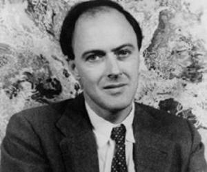 Roald Dahl<