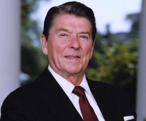 a biography of president ronald reagan born in tampico illinois The ronald reagan boyhood home does not receive  ronald reagan in tampico, il  ronald wilson reagan was the son of jack and nelle reagan and was born on.