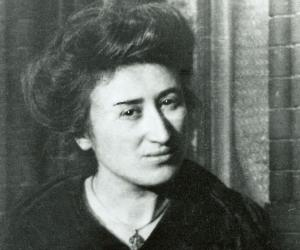 Rosa Luxemburg biography online