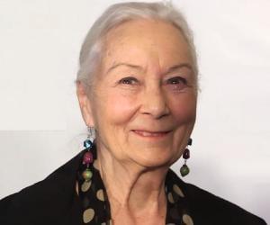 Rosemary Harris<