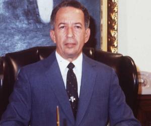 Salvador Jorge ...<
