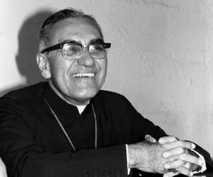 an overview of the death of oscar romero and the el salvadoran catholicism Scar arnulfo romero y gald mez, 1917-1980 el salvadoran roman catholic judge, political advocate, protestor of the death penalty (please comment below with more names to add to the list just american journalist, social activist, convert to catholicism worked with street.