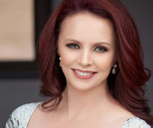Sheena Easton<