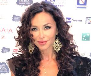 Sofia Milos<