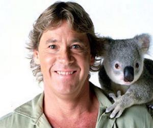 a biography and life work of steve irwin a famous crocodile hunter Profile and biography of steve irwin, better known as crocodile hunter  steve irwin: environmentalist and crocodile hunter  television work that made him .