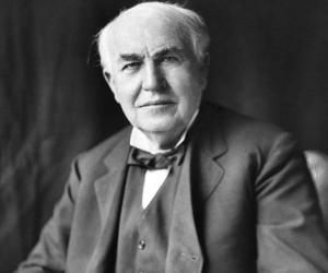 Thomas Edison<