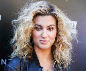 Tori Kelly Biography Facts Childhood Family Life