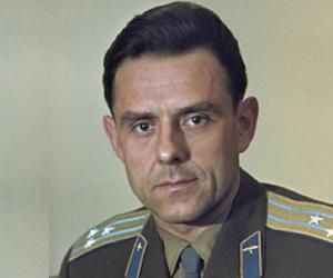 Vladimir Komarov<