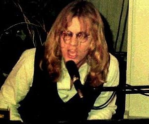 Warren Zevon biography online