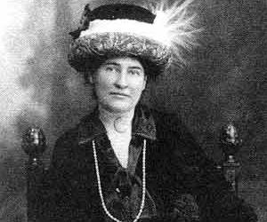 Willa Cather biography online
