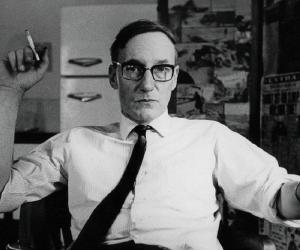 William S. Burroughs Biography - Childhood, Life ...