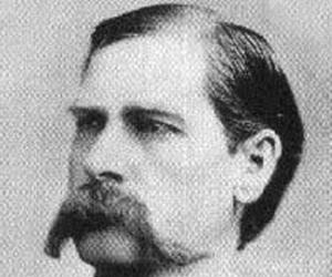 a biography of wyatt berry stapp earp the gunfighter Wyatt berry stapp earp (march 19, 1848 – january 13, 1929) was an american old west gambler, a deputy sheriff in pima county.