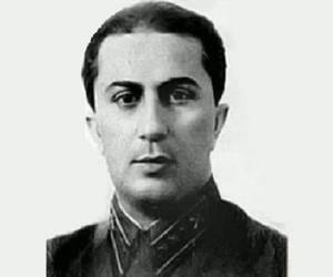 Yakov Dzhugashvili<