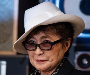 Yoko Ono<