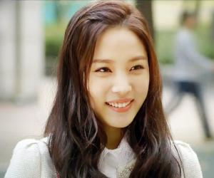 Kim So-hyun Biography - Facts, Childhood, Family Life & Achievements