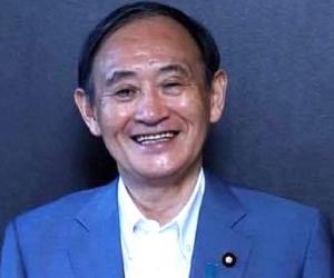 Yoshihide Suga<